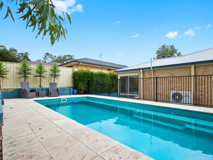 3 Stuart Place, Sunshine Bay, NSW 2536