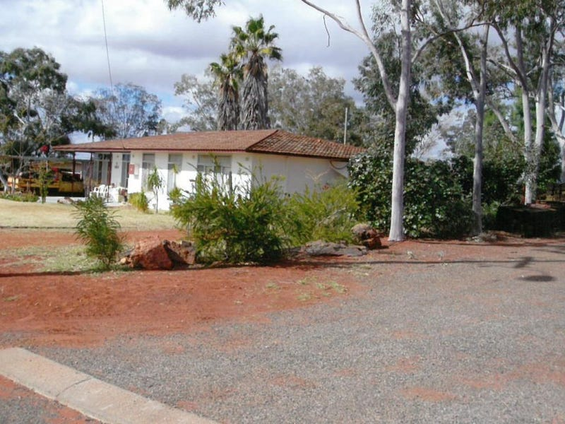 9 Hawks Place, Laverton, WA 6440
