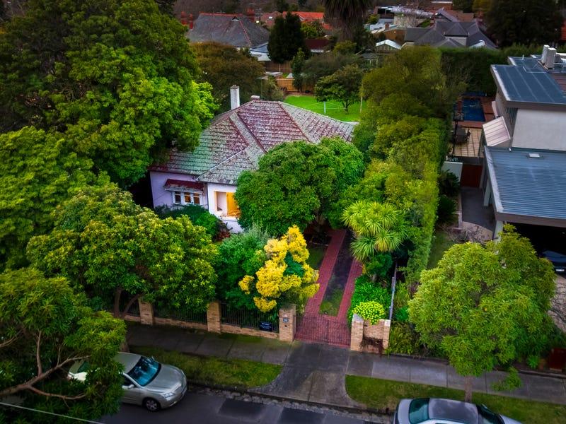 30 Hillcrest Avenue, Kew, Vic 3101