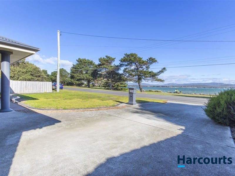 14 Low Head Road, George Town