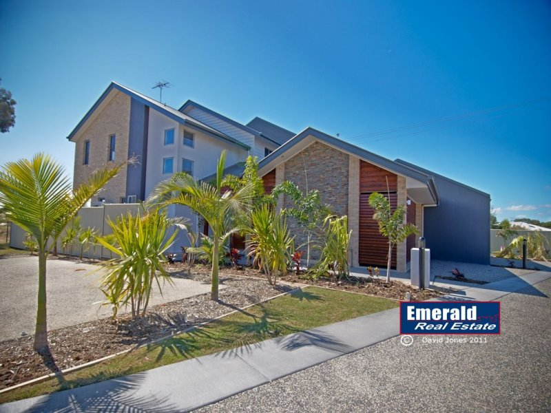 "Villa 9 ""Vybe"" 18-24 Mooney Crescent, Emerald, Qld 4720"