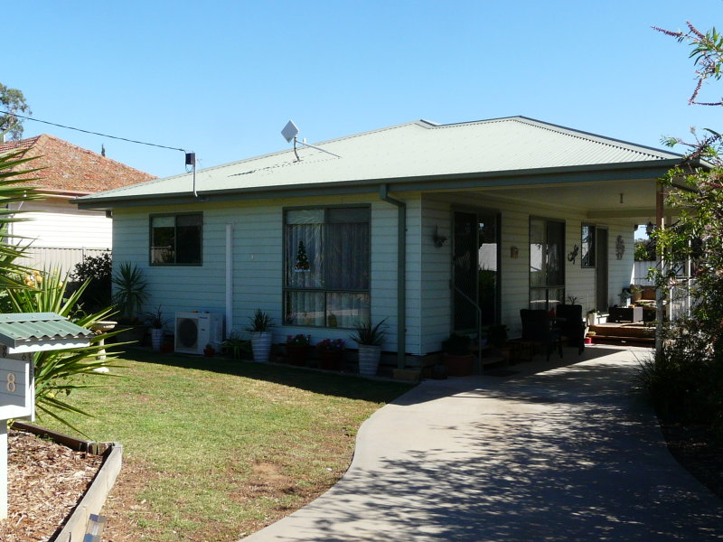 8 Corio Street, Murchison, Vic 3610