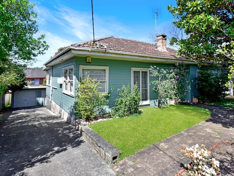 215 Gertrude Street, North Gosford, NSW 2250