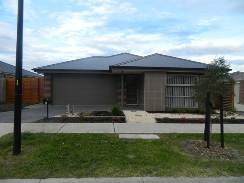 32 Verdant Avenue, Officer, Vic 3809
