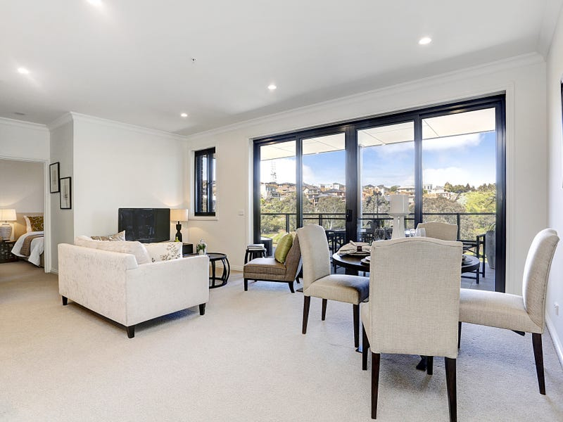 16/25  Bellavista Drive, Avondale Heights, Vic 3034