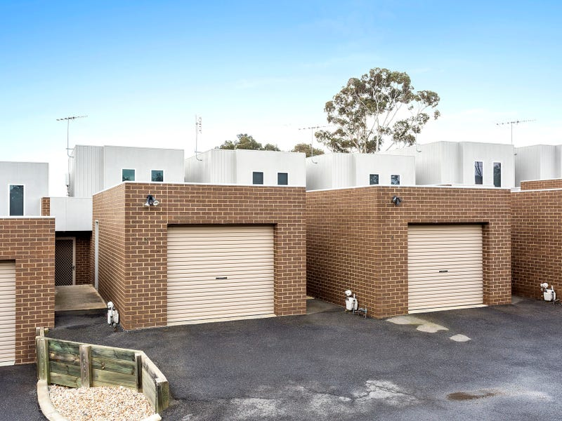 1 & 4/18 Comet Street, North Bendigo, Vic 3550
