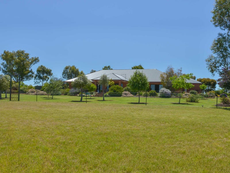 Bowood Grove, Tamworth, NSW 2340