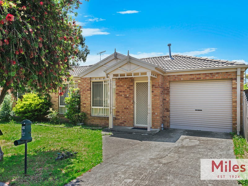 4/9 Exeter Court, Heidelberg West, Vic 3081