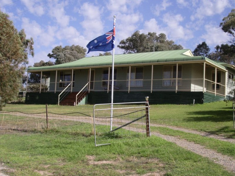 582 Back Brawlin Road, Cootamundra, NSW 2590