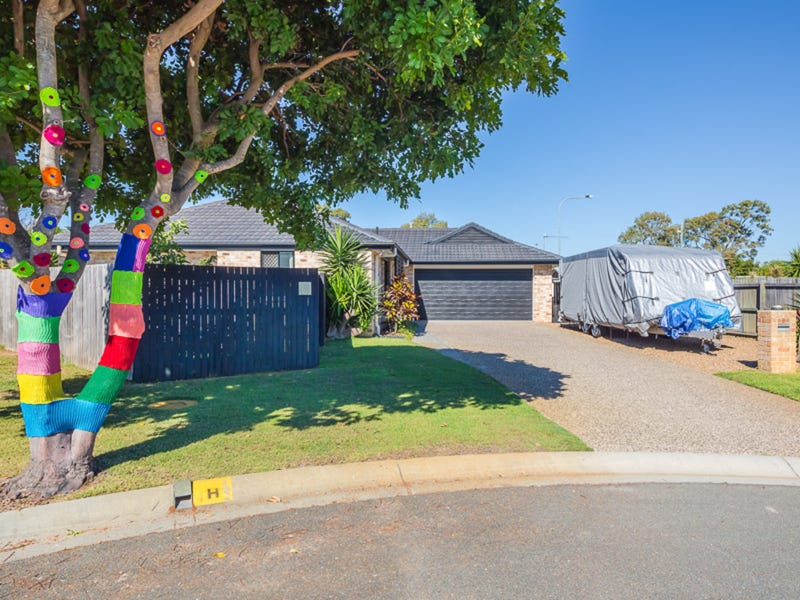 8 Dixon Court, Beachmere, Qld 4510