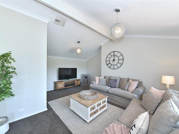 120 Trappers Drive, Woodvale, WA 6026