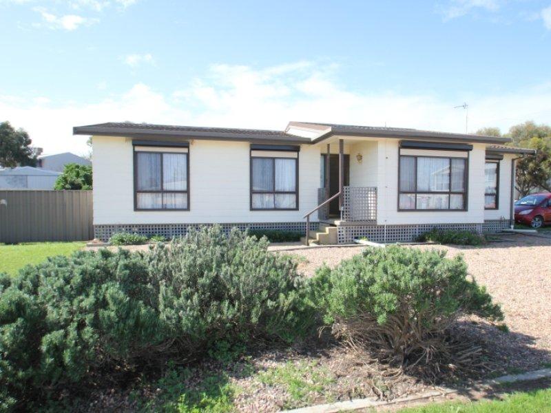 13 Percy Street, Moonta Bay, SA 5558