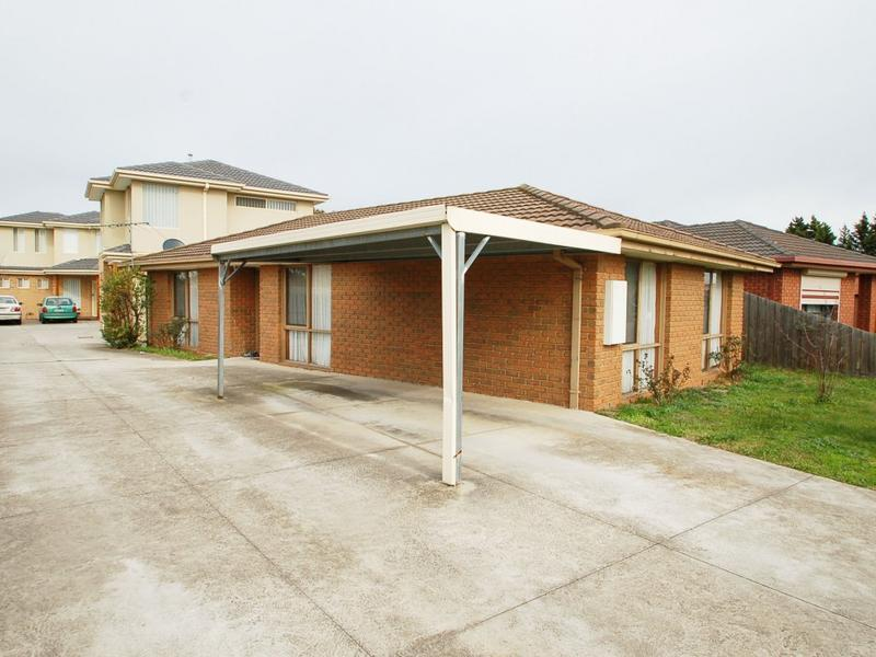 1/15 Papworth Place, Meadow Heights, Vic 3048