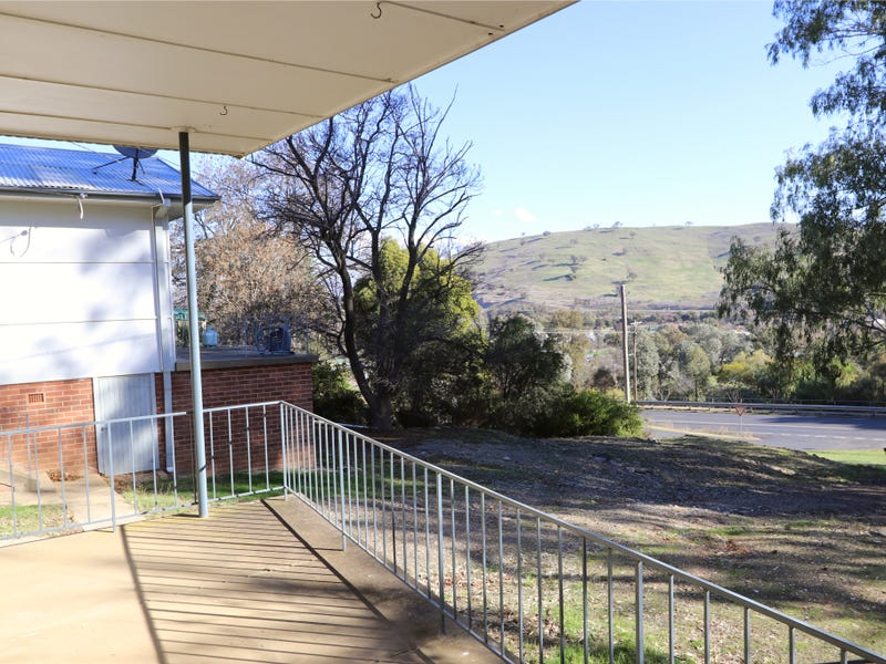 91 West Street, Gundagai, NSW 2722