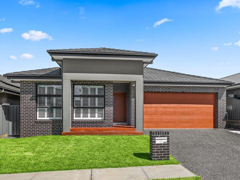 11 Saddleback Crescent, Kembla Grange, NSW 2526
