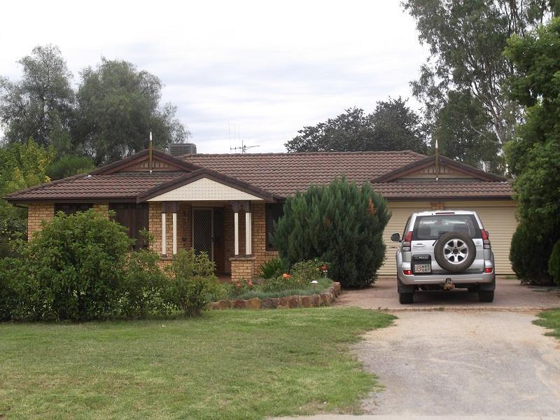 53 Cowra Street, Gooloogong, NSW 2805