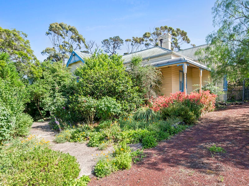 1088 Corangamite Lake Road, Alvie, Vic 3249