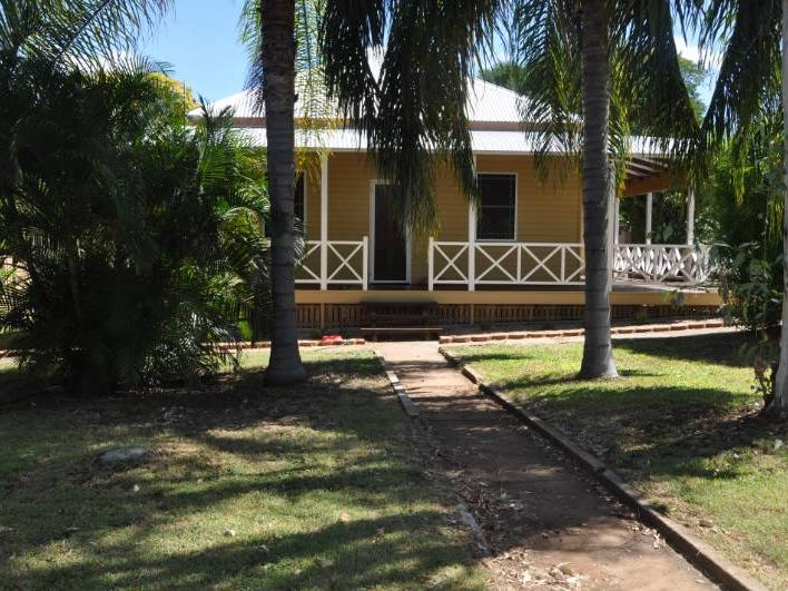 7 Aland Street, Charters Towers City, Qld 4820
