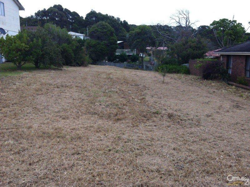 13 Hillside Crescent, Kianga, NSW 2546