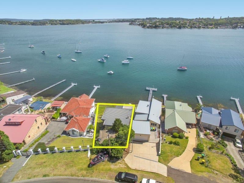 98 Sealand Road, Fishing Point, NSW 2283