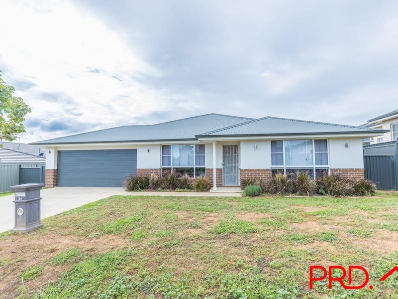 36 Falcon Drive, Tamworth, NSW 2340