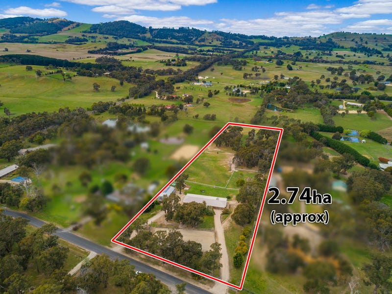 31 Woodvale Cres, Lancefield, Vic 3435