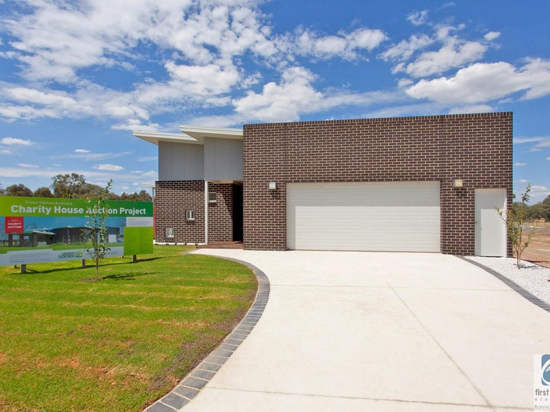 8 Knowles Court, Thurgoona, NSW 2640