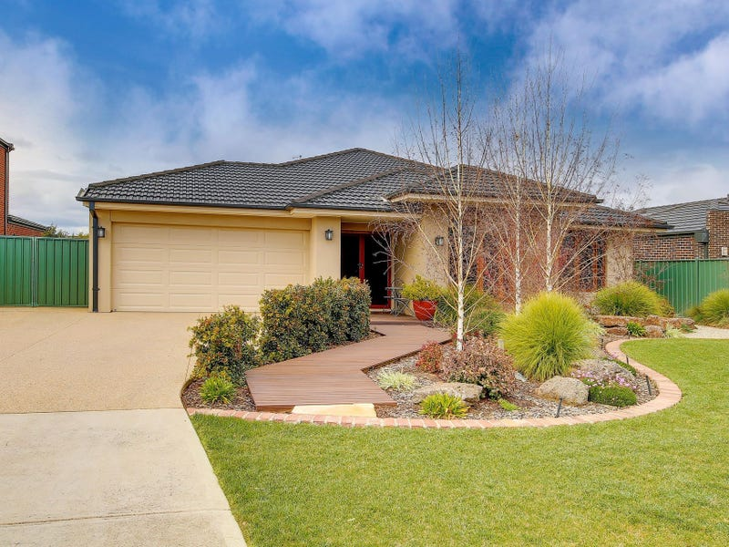 24 Traminer Row, Werribee, Vic 3030