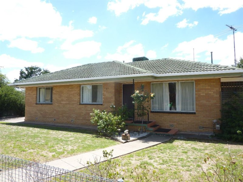 61 Young Street, Holbrook, NSW 2644