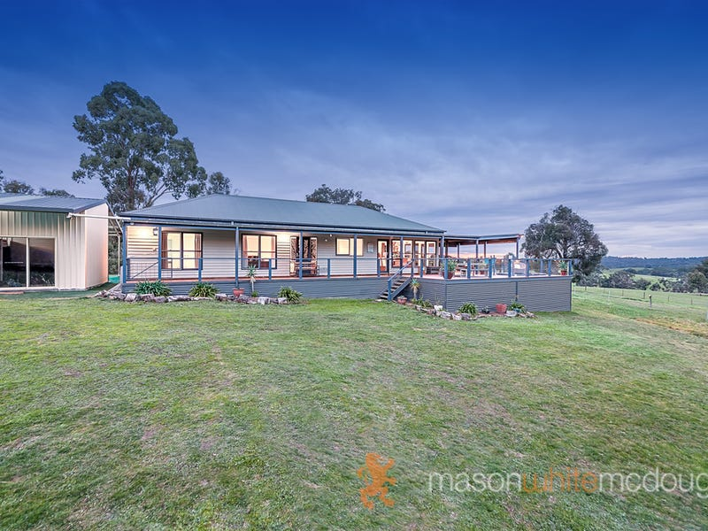 109 Osborne Road, Christmas Hills, Vic 3775