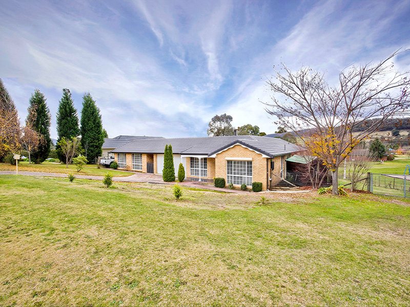3 Pimpala Street, Marrangaroo, NSW 2790