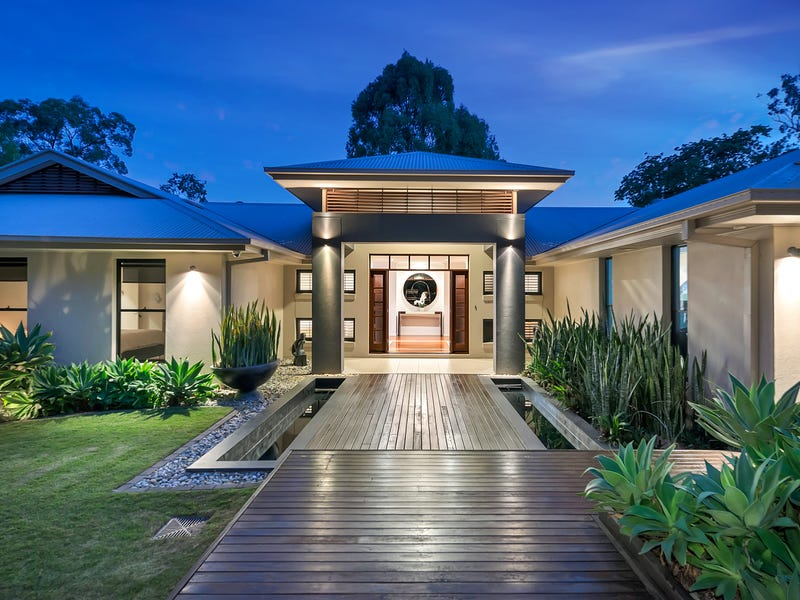 9 Robertson Place, Fig Tree Pocket, Qld 4069