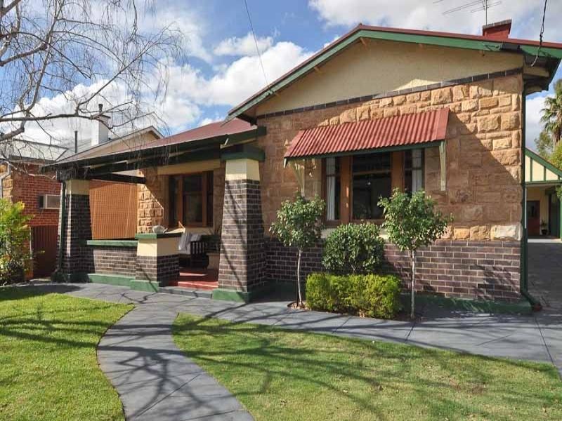 6 Mitcham Avenue, Lower Mitcham, SA 5062