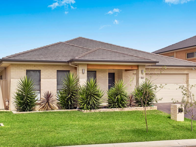 32 Lancaster Street, Gregory Hills, NSW 2557