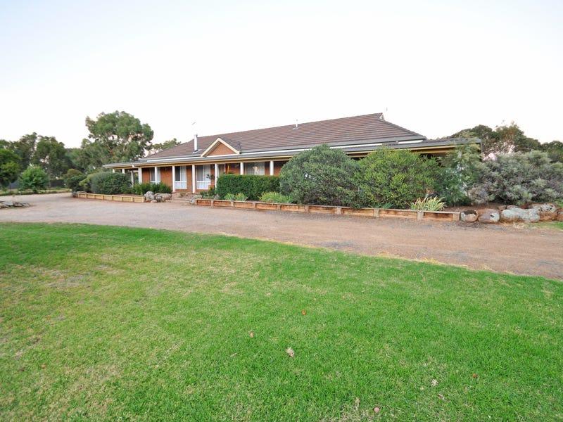 2 De Salis Drive, Junee, NSW 2663