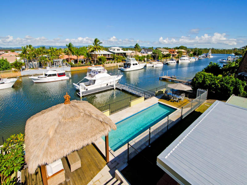 16 Bass Place, Paradise Point, Qld 4216