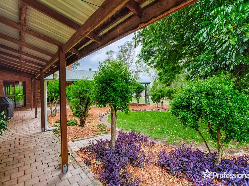 16 Daniel Drive, Pie Creek, Qld 4570