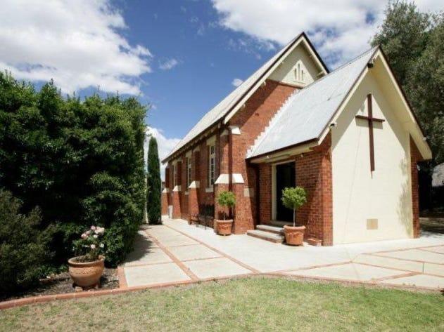 109-111 Main Street, Lake Albert, NSW 2650