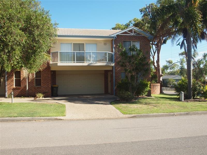 1/3 Messines Street, Shoal Bay, NSW 2315