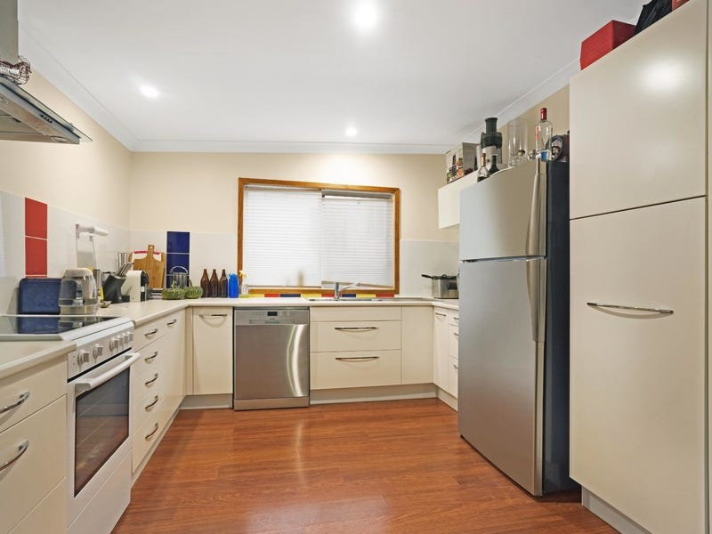 18 fern valley road cardiff nsw 2285 property details - Living room letting agency cardiff ...