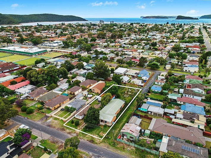 40 & 42 King Street, Umina Beach, NSW 2257