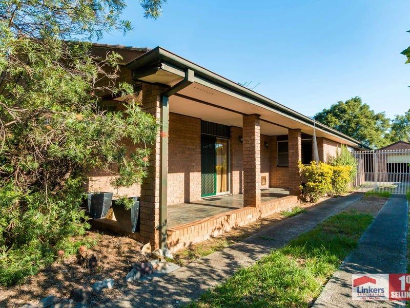 5 Owen Stanley Road, Glenfield, NSW 2167