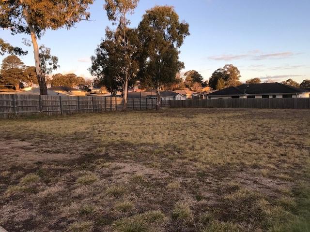 12 CLARET ASH DRIVE, South Guyra, NSW 2365