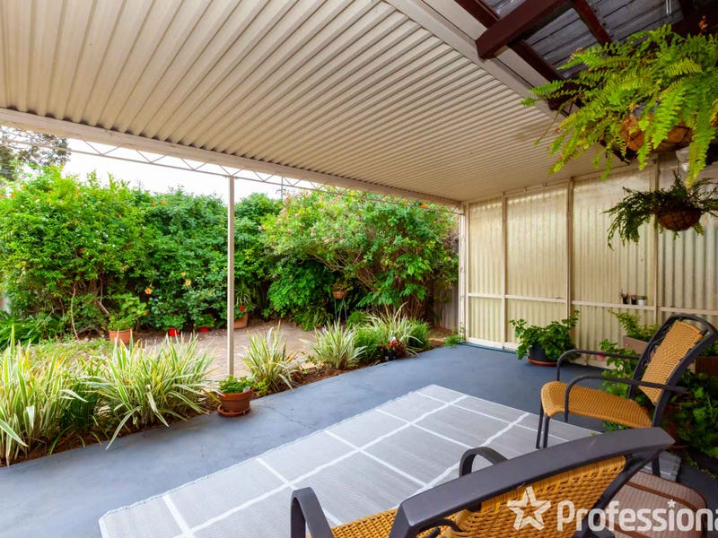 Unit 4/88 Church Avenue, Armadale, WA 6112
