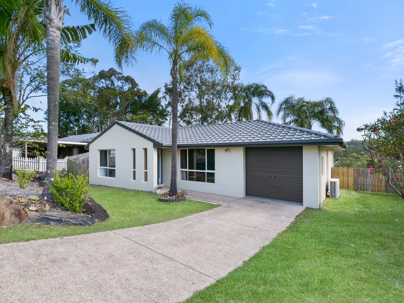 27 Quigan Terrace, Highland Park, Qld 4211