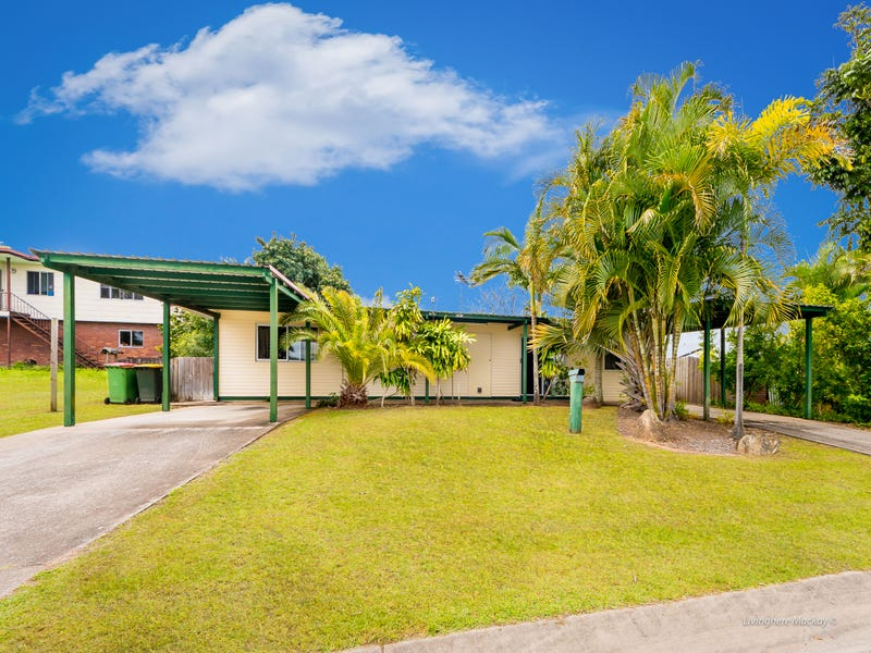 30 Cavanagh Drive, Blacks Beach, Qld 4740
