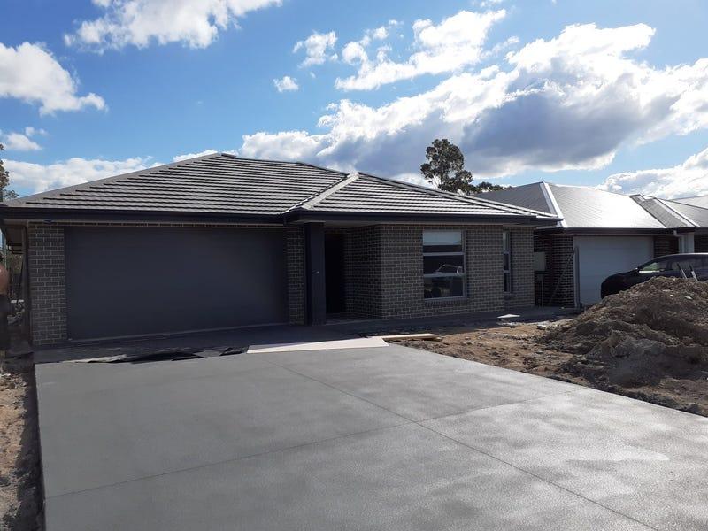 70 Caladenia Crescent, South Nowra, NSW 2541