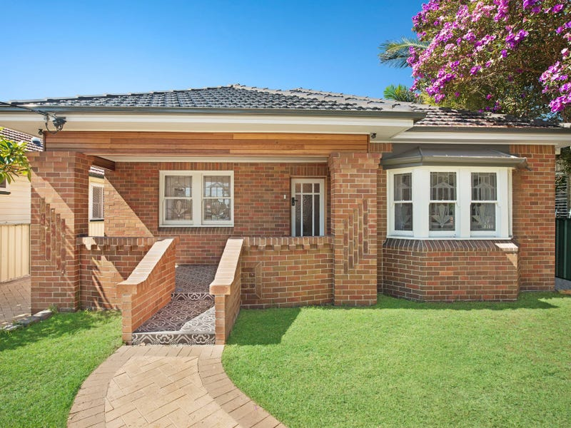 197 Beaumont Street, Hamilton South, NSW 2303