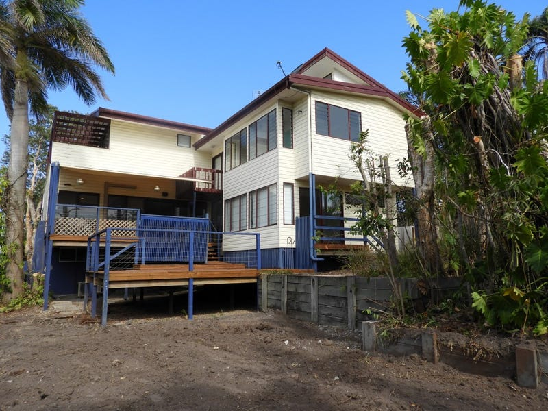 8 Ernest Street, Kings Beach, Qld 4551