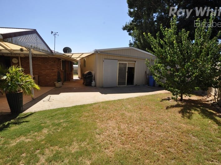 9 Boston Ct, Craigmore, SA 5114
